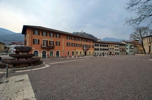 Piazza Degasperi