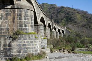 Ponte della ferrovia dell'Alcantara.