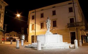 Piazza Luigi Borro