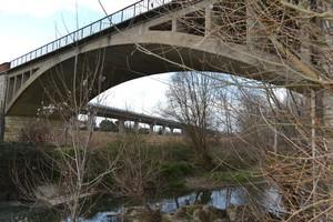 Due ponti a confronto
