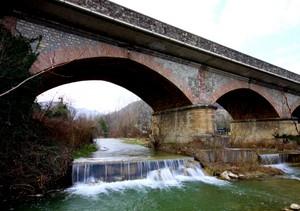 Ponte sul Tresinaro