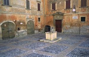 Una piccola piazza