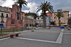 Piazza Monumento ai Caduti