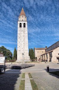 """Piazza Patriarcato """"torre della basilica"""""""