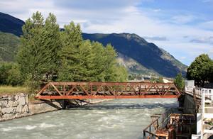 Un ponte rimasto inutilizzato