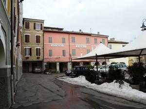 Torrechiara – Piazza Leoni