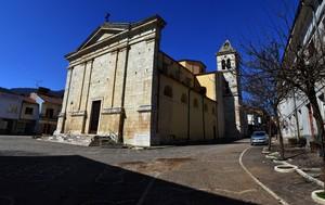 Bianco, rosso e colorito…-Piazza S. Pasquale Baylon-Cerasuolo (fraz.Filignano)