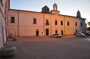 Largo e Palazzo ex Gesuitico