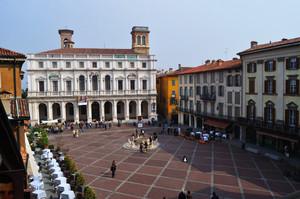 Piazza vecchia dall'alto