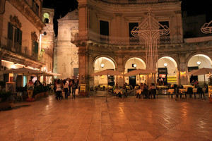 Piazza Plebiscito (Portici di Martina Franca)