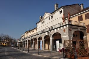 Piazza Martiri 1821