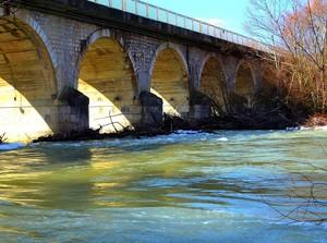 Il lato in ombra – Ponte 25 archi – Roccaravindola (Fraz. Montaquila)