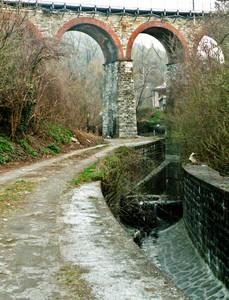 Il ponte delle ferrovie Nord