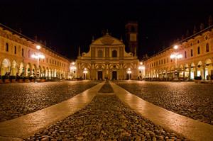 Piazza Ducale – Vigevano