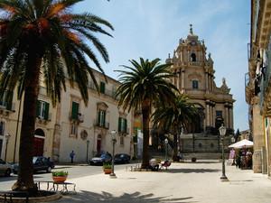 Piazza San Giorgio, Ragusa Ibla: semplicemente indimenticabile.