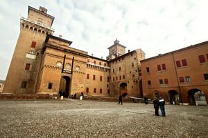 La piazzetta del castello