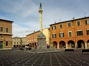 """I Colori di """"Piazza San Cristoforo"""""""