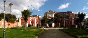 Portici: piazza Esedra ex Villa Buono