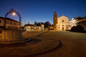 Piazza Martiri d'Ungheria