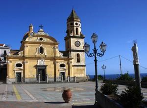 Piazza San Gennaro di Praiano