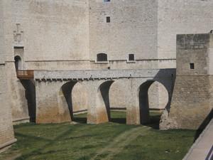 Ponte del Castello svevo