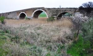 Il ponte romano sul torrente Calaggio, in contrada Palino