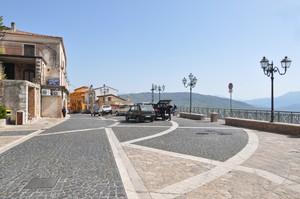Piazza con belvedere