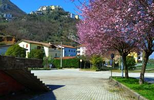 Colori di Primavera : Piazza Romandino – Sesto Campano