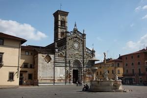Prato la piazza del Duomo