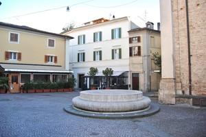 Umbilicus Italiae (Piazza S. Rufo)