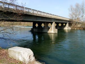 Trecate, ponte sul Ticino