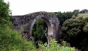 Vulci: ponte del Diavolo o dell'Arcobaleno