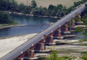 Il vecchio Ponte sul Po