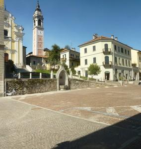 Piazza San Graziano – Arona