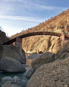 """"""" Il ponte sulle strette """""""
