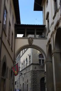 Arco Vasariano