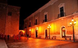 Piazza Episcopio nella sera del Giovedì Santo