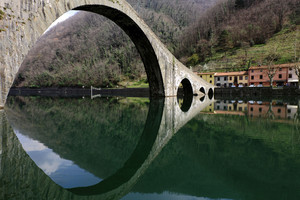 Ponte della Maddalena…..riflessi convergenti