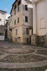 Piazza Beato Tommaso Reggio di Triora.