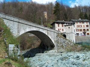 Ponte sul torrente Sermenza