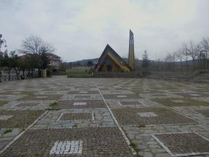 Il piazzale della Chiesa di Cristo Re