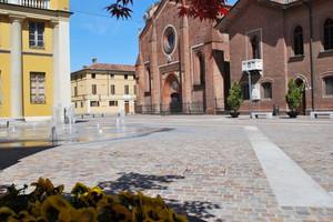 Piazza Monsigor Dughera