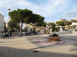 Piazza Cavour a Scoglitti