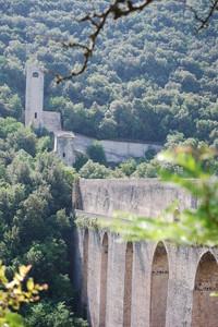 Maestoso e spettacolare ponte delle Torri