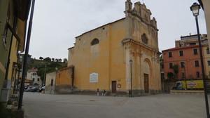 Piazza Martini di Cipressa