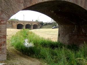Capua ponte tra i bastioni del 1500