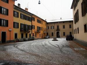 Piazza Canonica