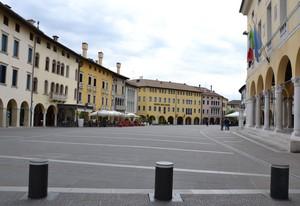 Piazza pedonale