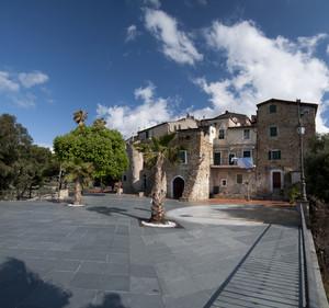 Piazza Caprera – Sasso  fraz. di Bordighera
