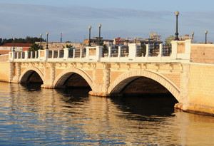 un ponte al sole